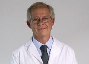 especialista en incontinencia urinaria eduardo luelmo